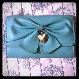 Heart bow wallet (Claire's)